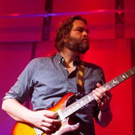 Martin Gordon – Guitar, Bass, Bass Pedals
